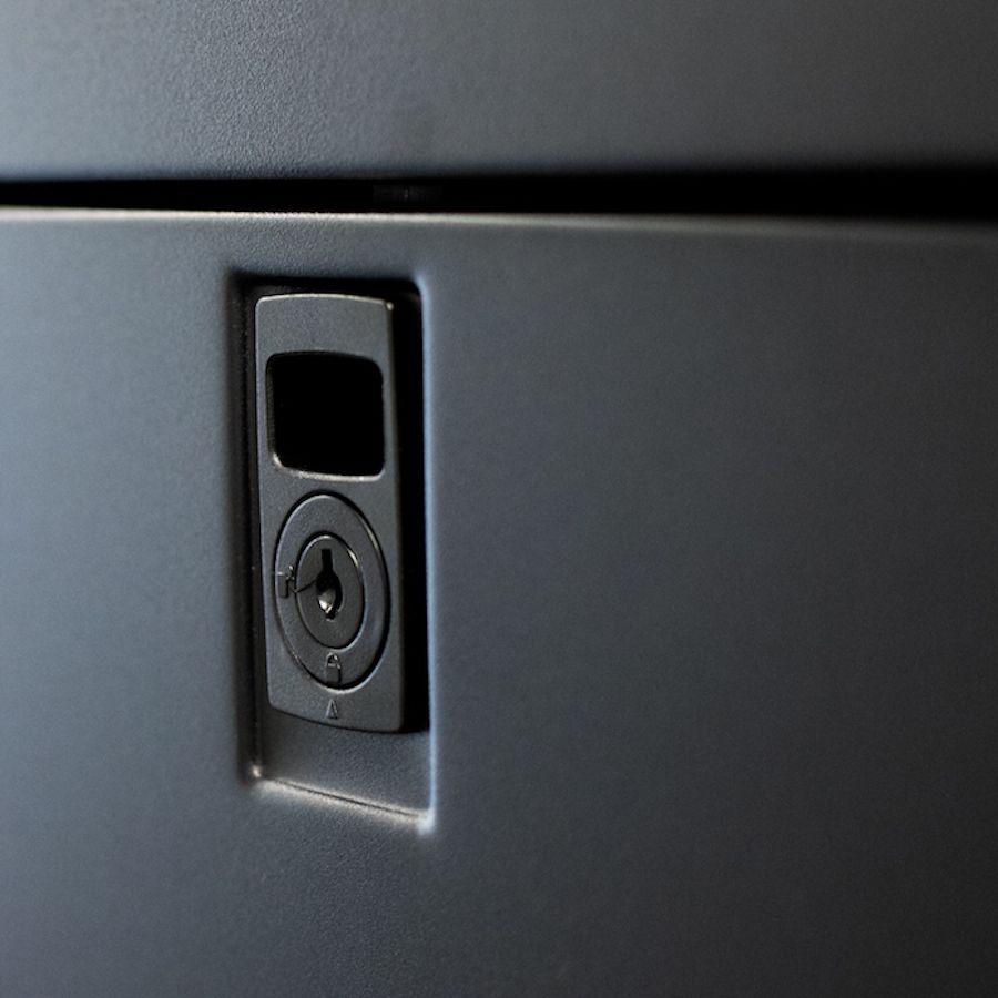 Enconnex-standard-server-cabinet-side