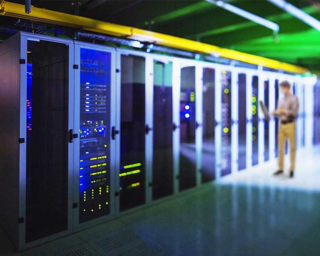 programmable-led-lighting-data-center-2